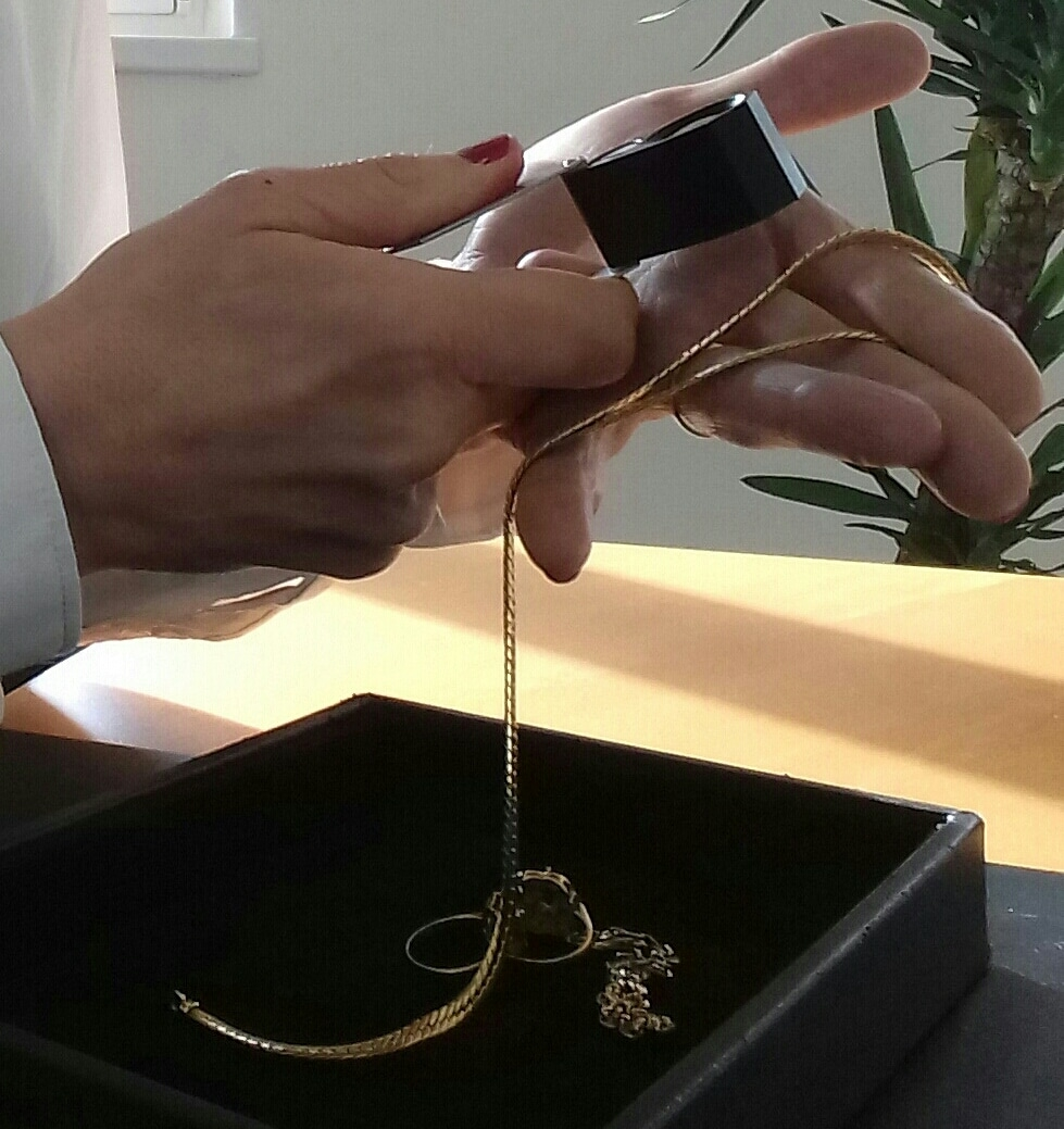 You are currently viewing Comment vendre ses bijoux en or ?