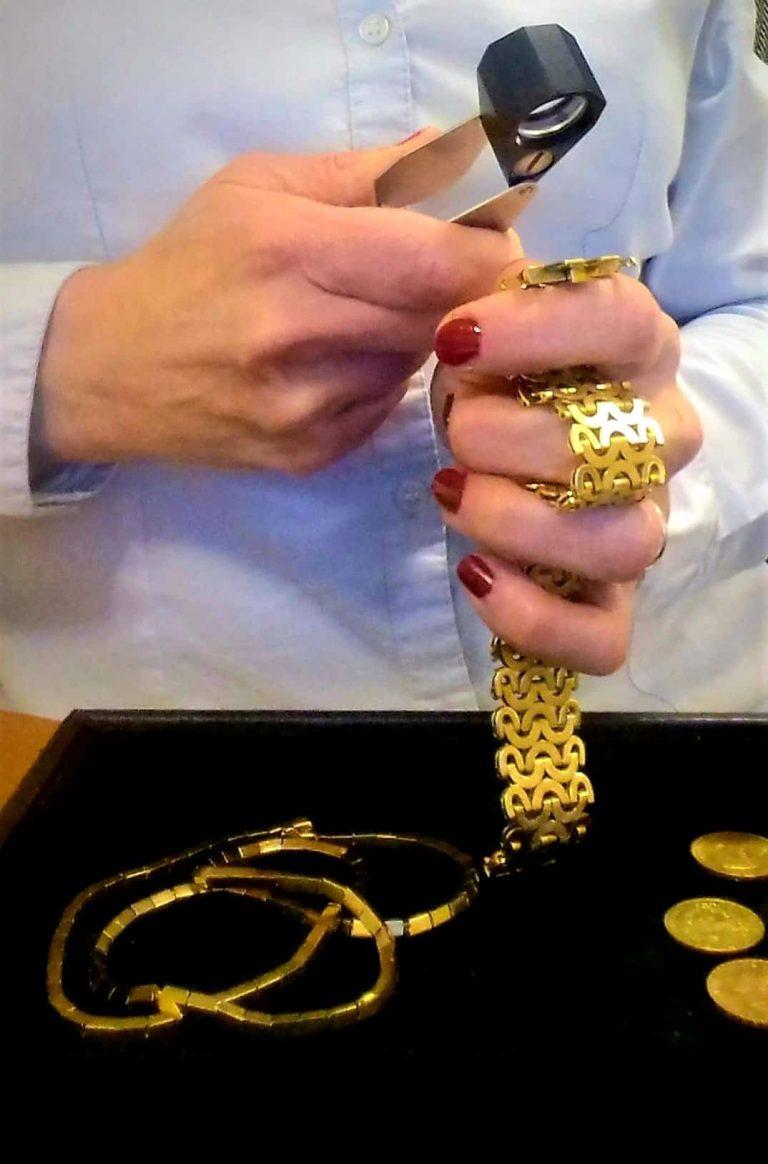 Read more about the article Comment revendre ses bijoux?